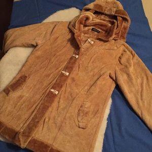 JIA YAO amazing coat!